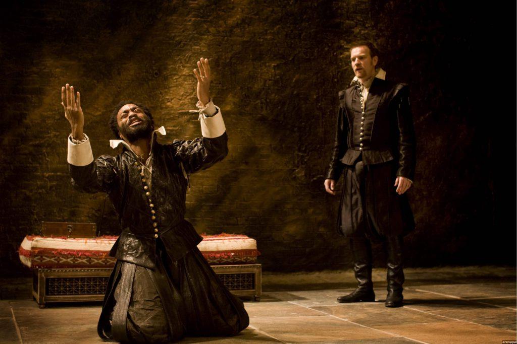 Chiwetel Ejiofor as Othello ; Ewan McGregor as Iago